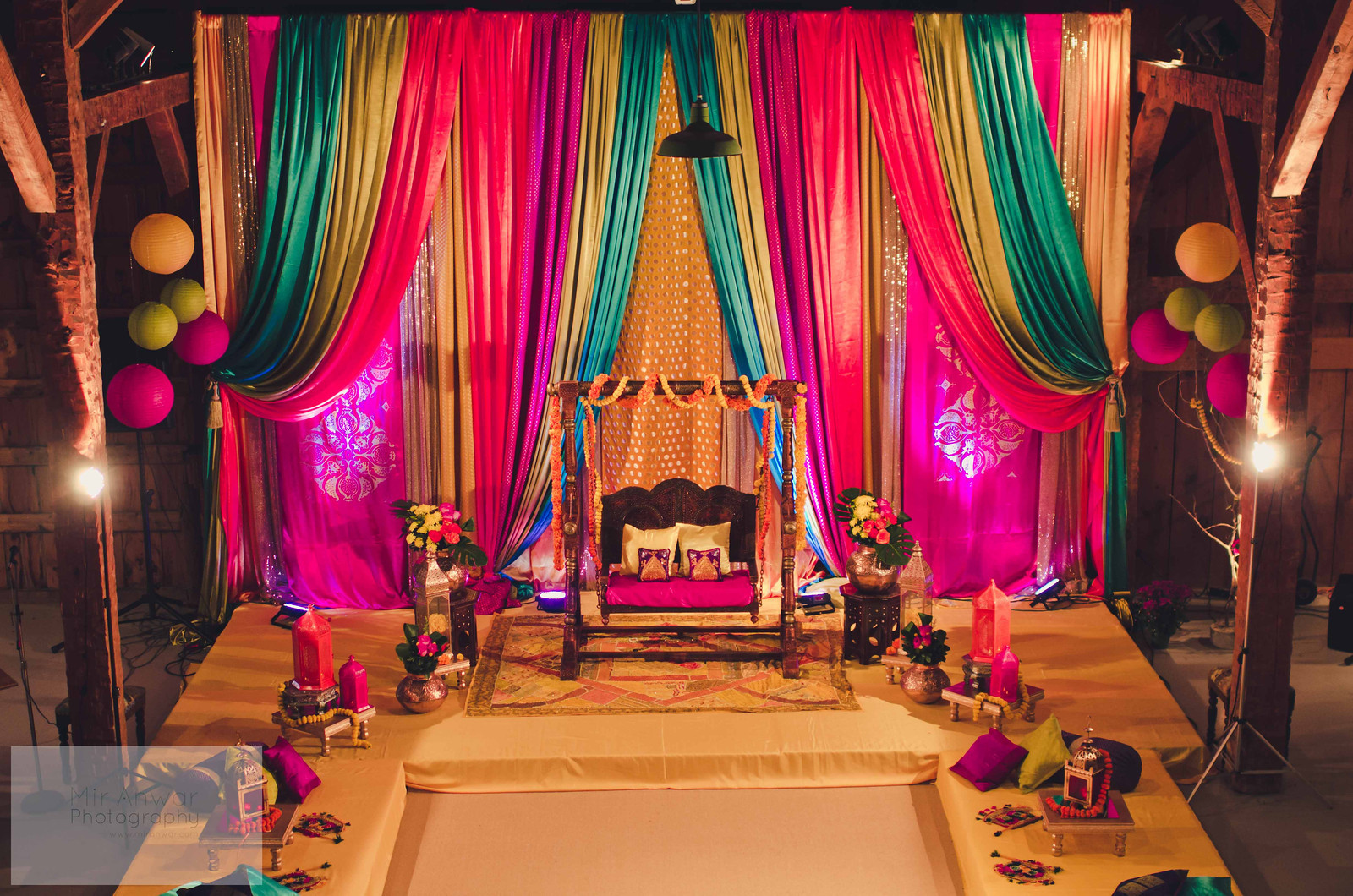 Mehndi Stage Decoration Ideas Pakistani : Mehndi decor plates on pinterest indian